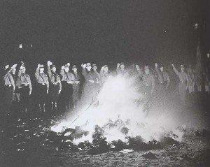 autodafe-nazi.1186774940